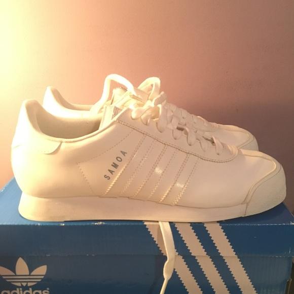le adidas donne originali bianco sz 9 poshmark samoa
